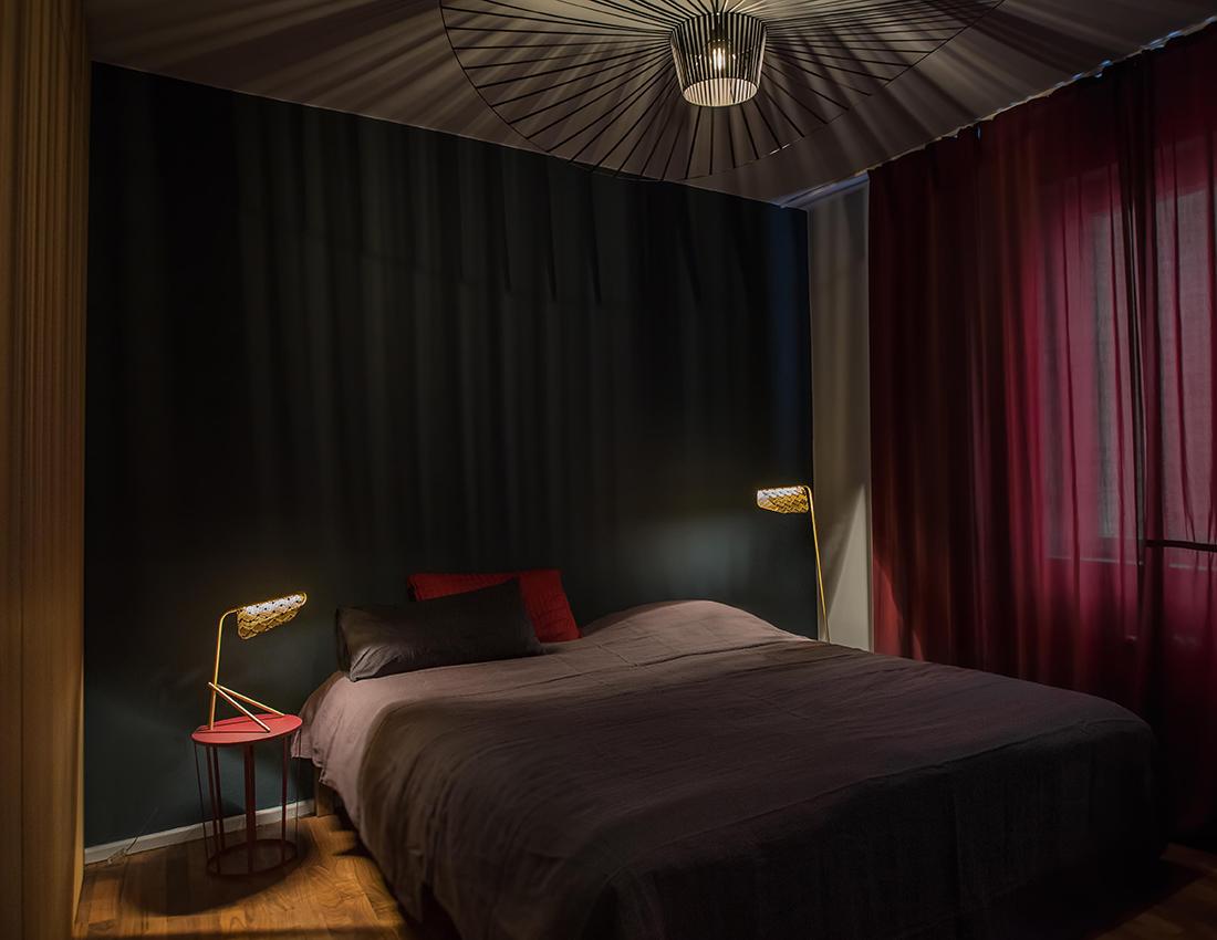 Elegantes Schlafzimmer In Dunklen Farben Janakubischik De